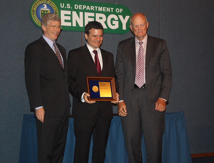 PECASE awardee Dr. Pablo Jarillo-Herrero with Deputy Secretary of Energy Daniel B. Poneman and Director of the Office of Science, Dr. William Brinkman