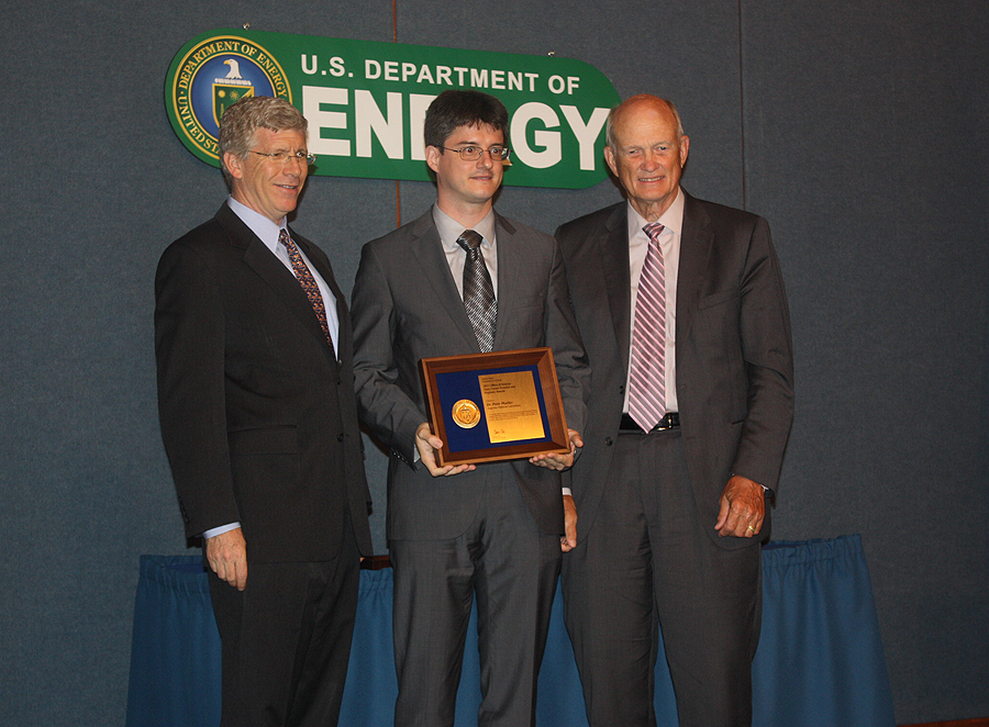 PECASE awardee Dr. Peter Mueller with Deputy Secretary of Energy Daniel B. Poneman and Director of the Office of Science, Dr. William Brinkman