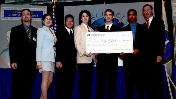 2000 National Science Bowl championship high school team.