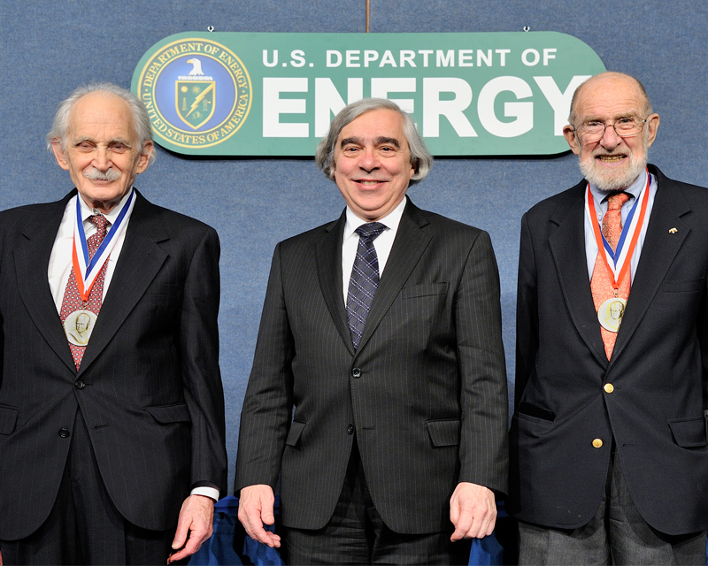 Professor Bard and Professor Sessler with Secretary Moniz